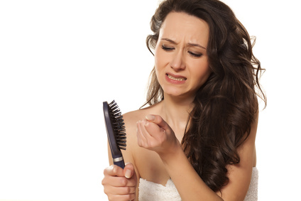 thinning hair can be treated using the right shampoo and conditioner